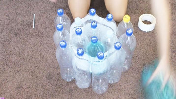 fotpall-av-plastflaskor