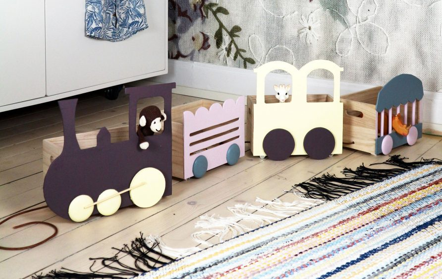 Monica-karlstein-forvaring-barnrum-tag-hemmafix-diy-metro-forvaringstag-dragarbild-obeskuren