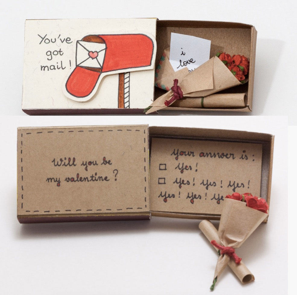 Presenttips till alla hjärtans dag, en liten tändsticksask med kärleksmeddelande inuti.