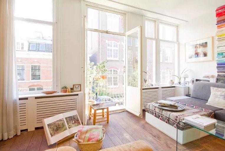 Bo med Airbnb i Amsterdam.