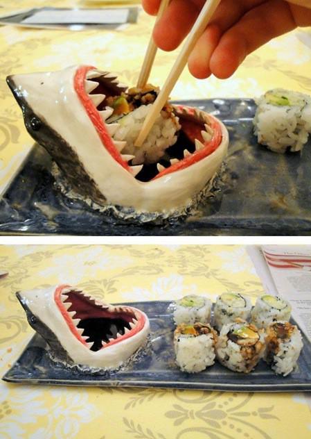 sushitallrik med haj