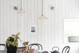 En skomakarlampa av läder, av Helena Nord med bloggen Mormorglamour.