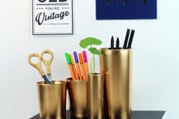 Sprejmålade glas som gjorts om till pennställ, av Monica Karlstein, Hemmafixbloggen.se