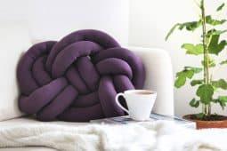 Så gör du en knutkudde även kallad knot pillow, av Monica Karlstein, Hemmafixbloggen.se