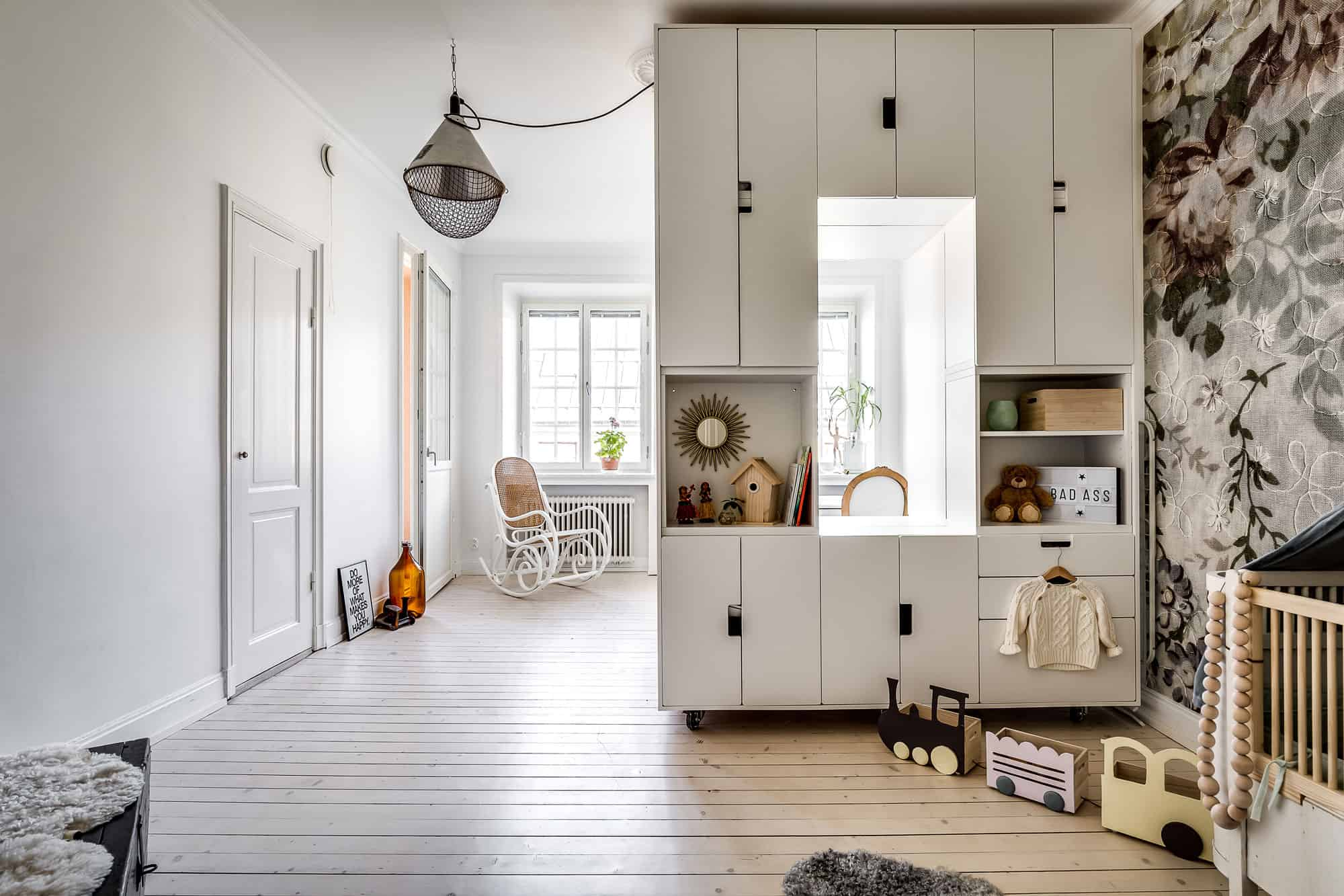 Ikea hack: Bygg rumsavdelare av förvaringsskåpen Stuva