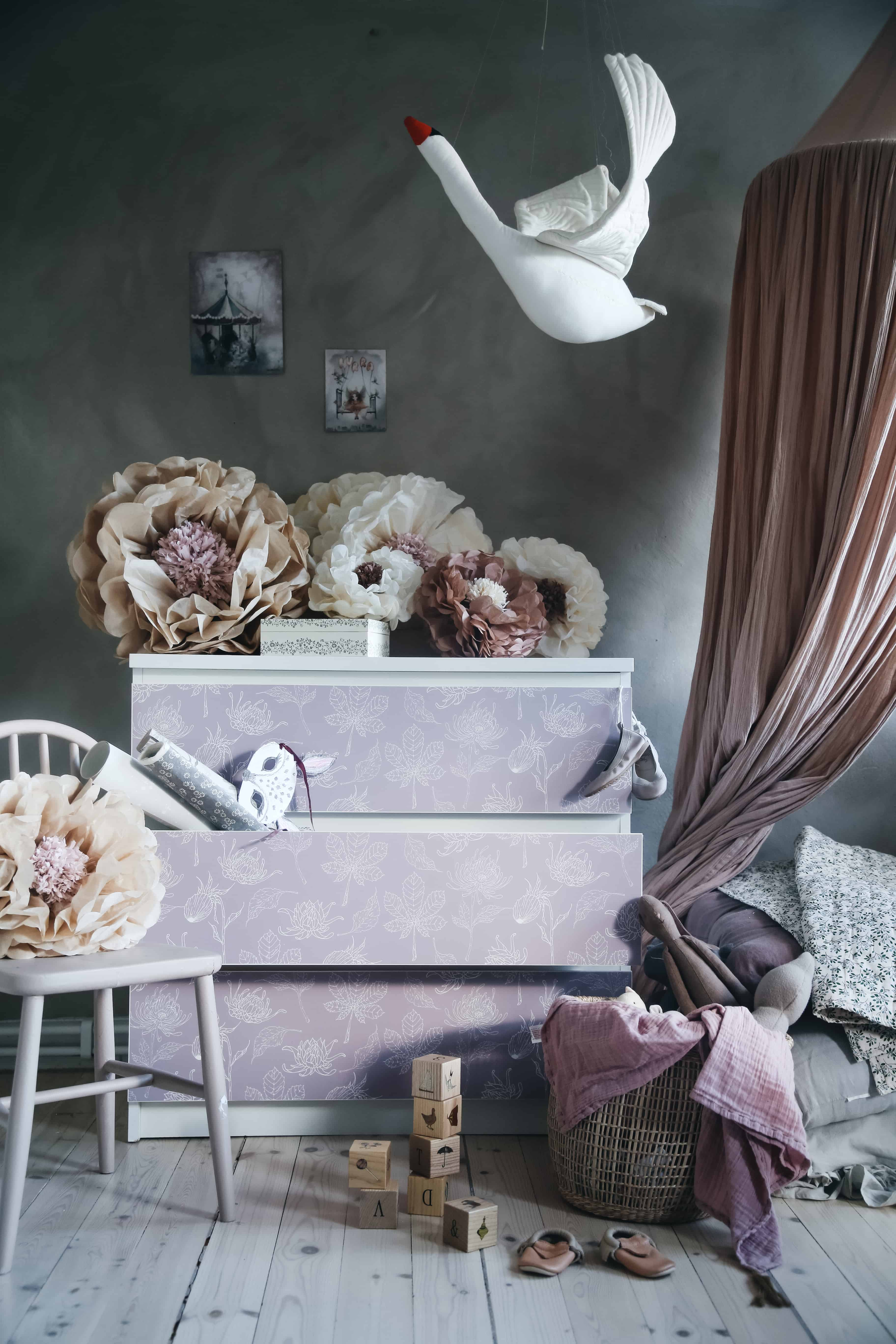 Hemmafix släpper egen kollektion textilfronter till Ikeamöbler, med Stickyfront