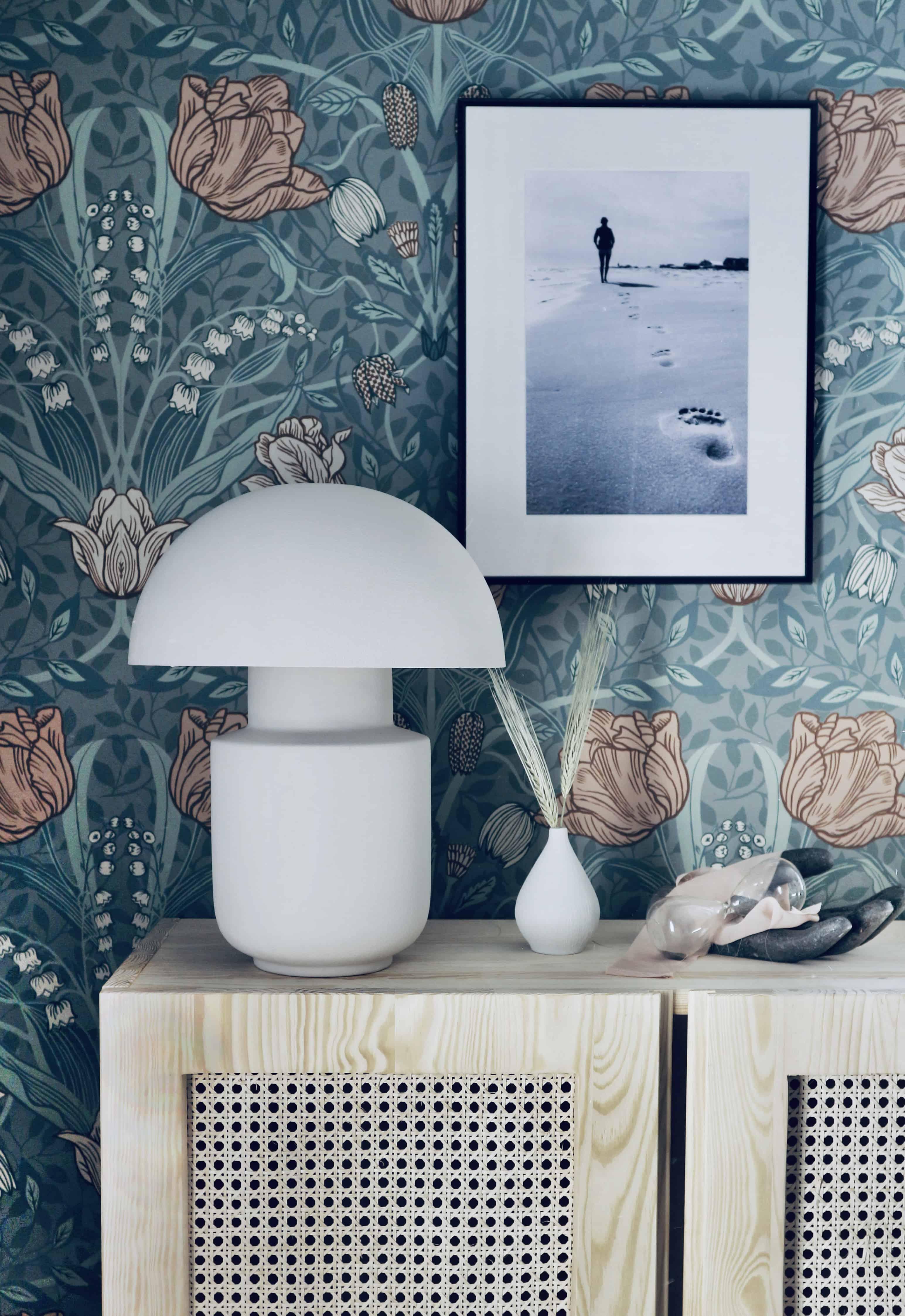 Ikea hack: Vas + skål = bordslampa